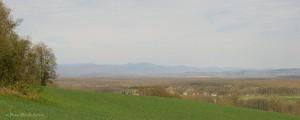 Panorama du sud du massif des Vosges photographié depuis les collines calcaires de Haute-Saône.